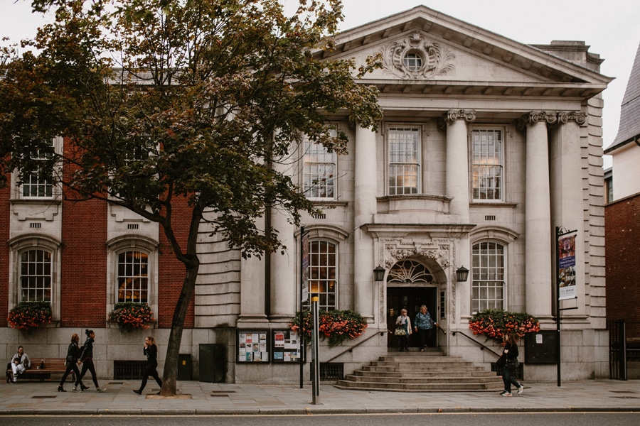 Chelsea Town Hall wedding, London Town Hall wedding