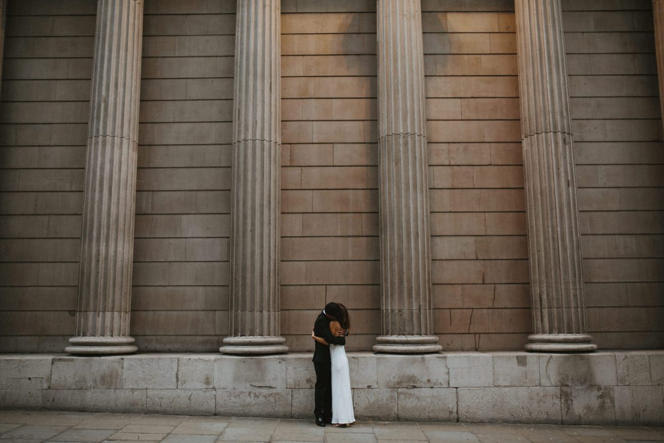 wedding portraits in london with couple from Australia