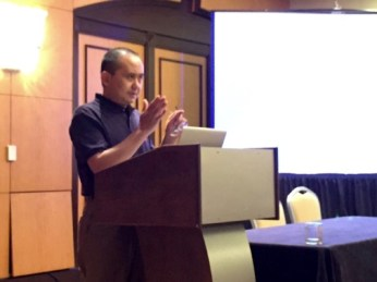 "Yun Ding speaks on ""Rhetoric in situ as a Methodological Recommendation"""