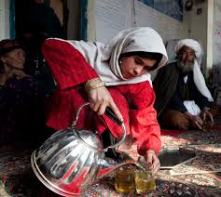 afghan woman tea