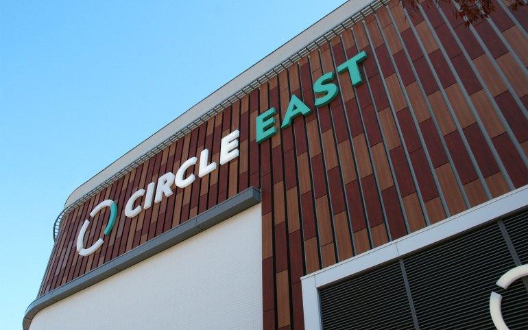 Circle_East_03