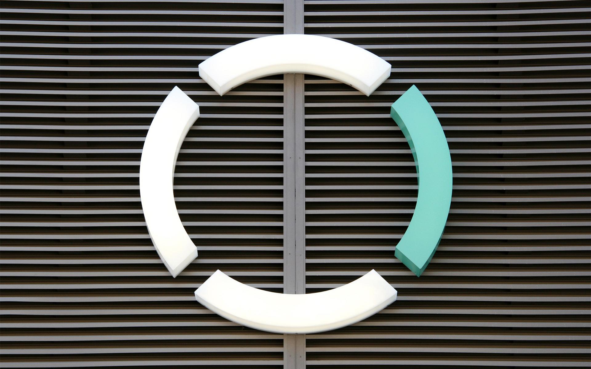 Circle_East_09