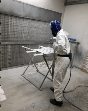 spray booth - Spraying furniture In High temperatures - Ashton Bespoke