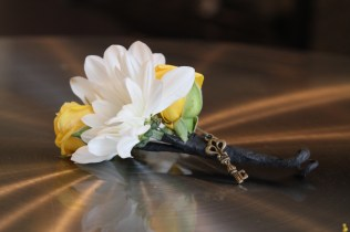 Daisy and Spray Rose Boutonniere with Minature Key