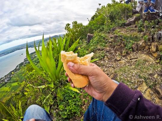 Climbing Lion Mountain - Eating Dipain Gato Piment