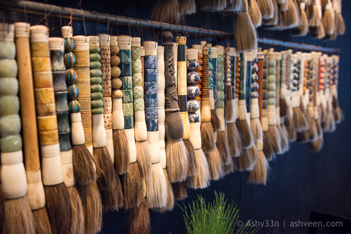 Lux Belle Mare Mauritius Duck Laundry Brushes