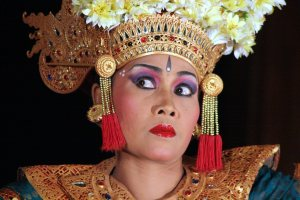 """Bali Ubud Danseuse"" (2007) showing the seledet (eye movement) a dancer uses to communicate with the gamelan"