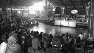 Indonesian Angklung: Intersections of Music Education and Cultural Diplomacy