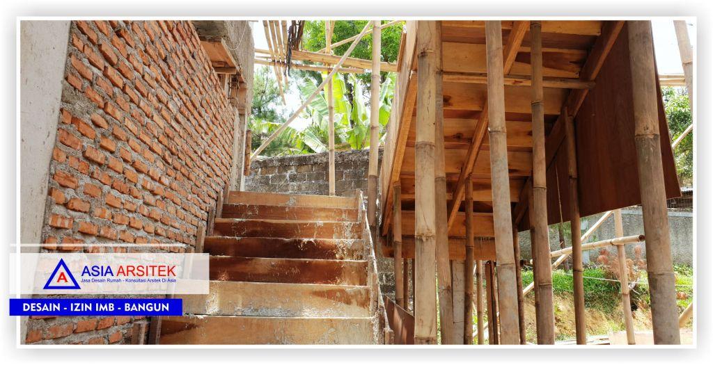 Area-tangga-Proyek-Villa-Minimalis-2-Lantai-Bu-Kartini
