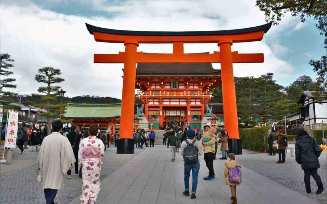 VISIT JAPAN: 12 REASONS THAT WILL MAKE YOU PACK YOUR BAGS AND GO