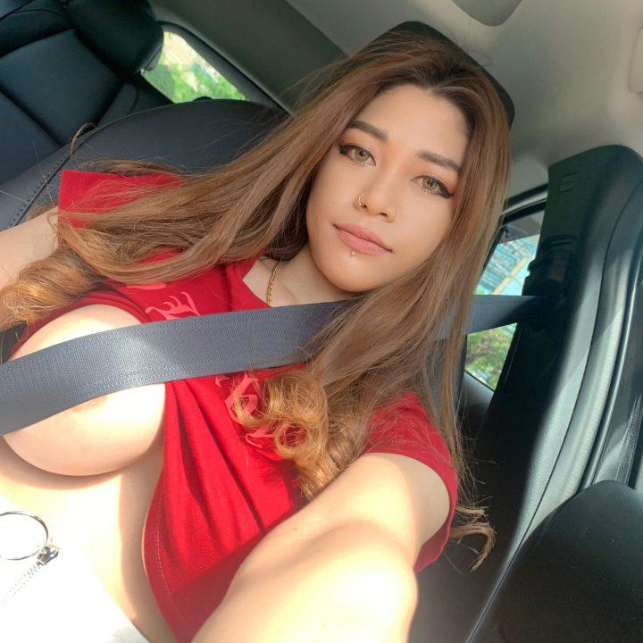 KikiPieXO fasten your seat belts