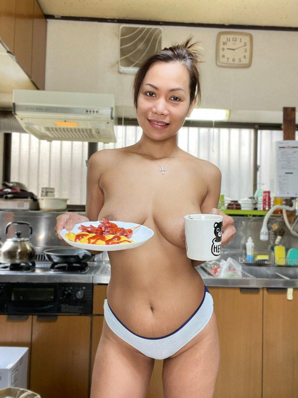 Hot asian granny Gigi