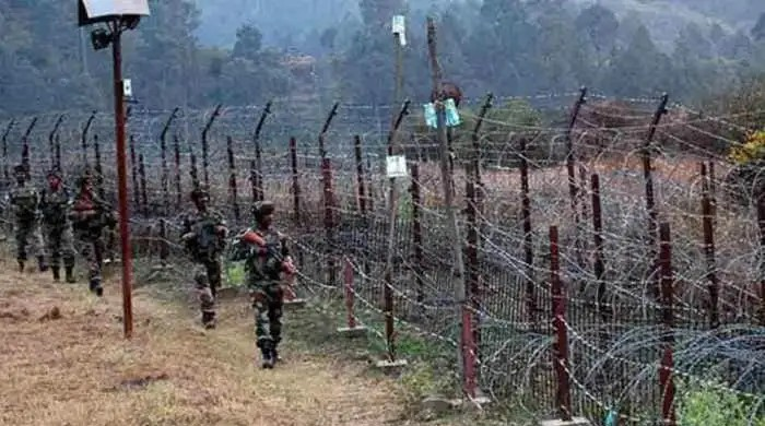 "Army to exercise ""maximum restraint"" in case of ceasefire violations by Pak"