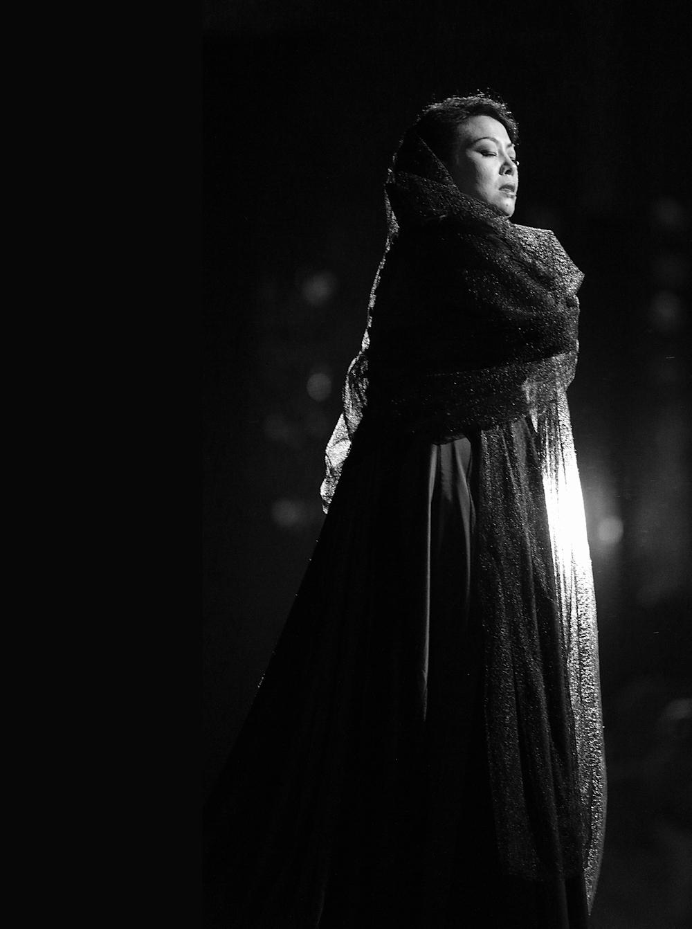 He Hui as Leonora in Giuseppe Verdi's Il Trovatore, Les Chorégies d'Orange 2015