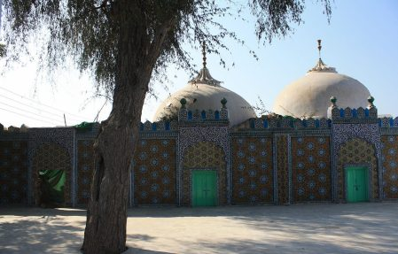 Shah Abdul Latif Bhittai's house in Bhit Shah (via Wikimedia Commons)