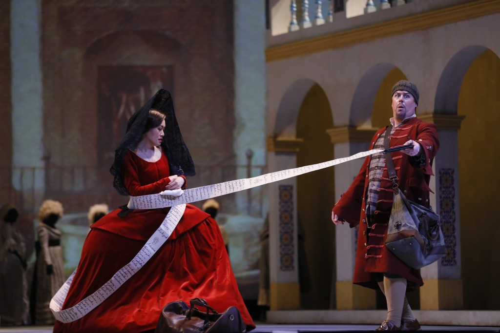 Louise Kwong (Donna Elvira) and Joseph Barron (Leporello)