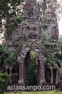 カンボジア アンコールトム東門