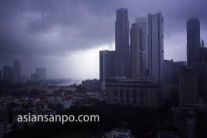 シンガポール 雨