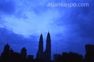 マレーシア クアラルンプールのペトロナスツインタワー