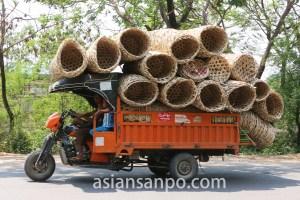 ミャンマー ザガイン管区モンユワの荷物