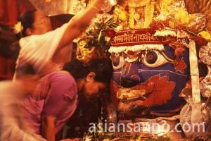 ネパール カトマンズのインドラ・ジャトラの祭り