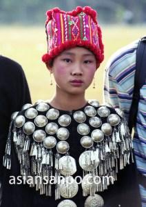 ミャンマー ミッチーナ・カチン族