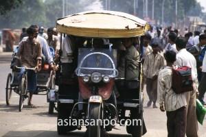 インド デリー・三輪車
