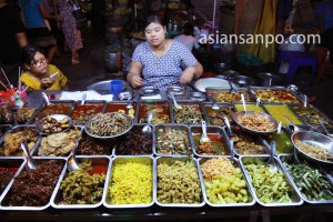 ミャンマーカレーの屋台