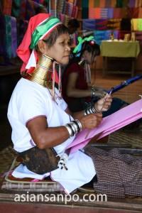 ミャンマー インレー湖 首長族