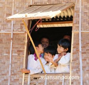 ミャンマー 奥インレー 学校