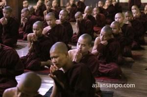 ミャンマー ロイコー僧院