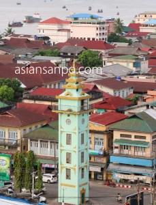 ミャンマー ベイ 時計塔