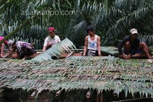 ミャンマー ベイーボーピン 屋根葺き