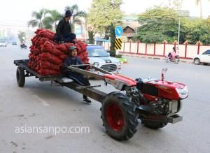 ミャンマー ミヤワディ トラクター