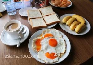 ミャンマー タニンダーリ 朝食