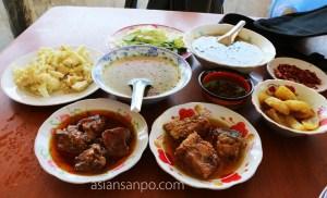 ミャンマー アンーミャウー 食堂