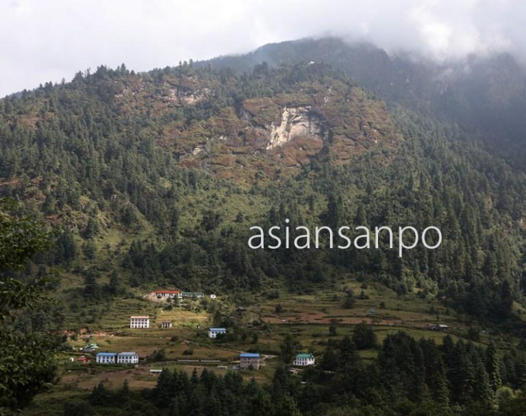 ネパール チュワンゴンパ