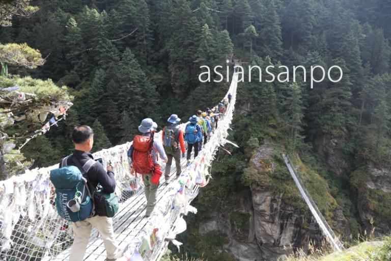 ネパール エベレスト街道 つり橋