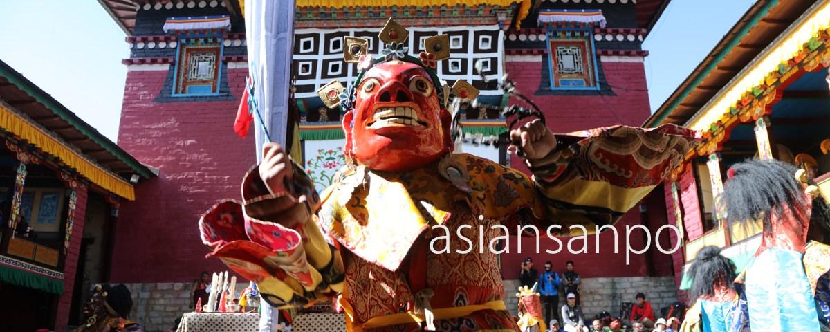 ネパール エベレスト街道 タンボチェ マニ・リンドウ
