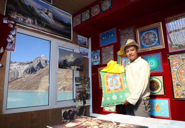 ネパール ゴーキョ ギャラリー