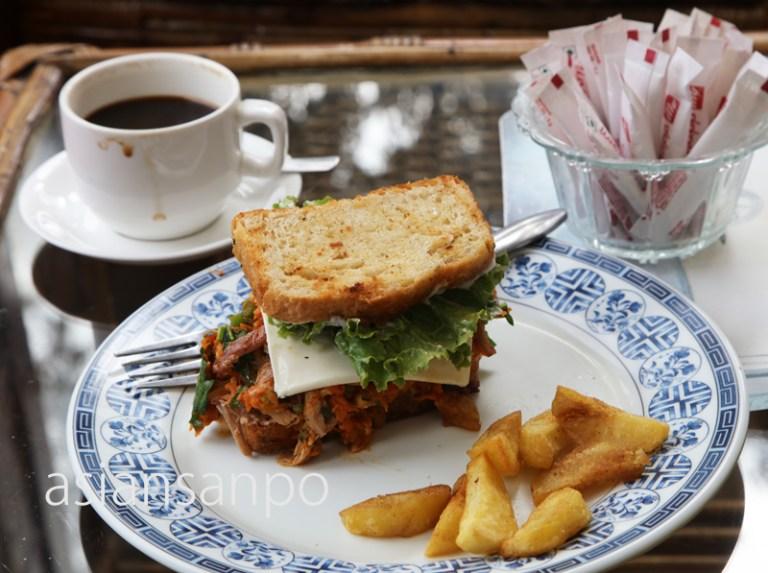 ネパール エベレスト街道 ルクラ カフェ