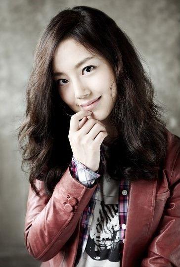 Moon Chae-Won-p5.jpg