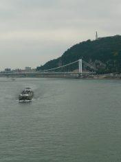 Dunaj i widok na Wzgórze Gelerta