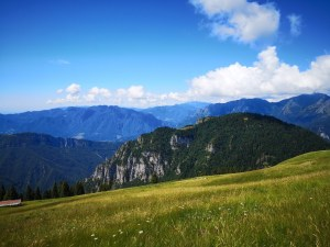 Widok z Monte Valbona na Alpy Bergamskie