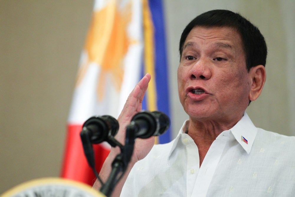 Rodrigo_Duterte_delivers_his_message_to_the_Filipino_community_in_Vietnam_during_a_meeting_held_at_the_Intercontinental_Hotel_on_September_28
