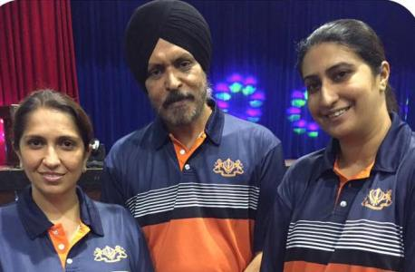 Kuala Lumpur CPO Amar Singh (middle) with some members of the police team. Police will play host to the Malaysia-Singapore Sikh games in 2017.