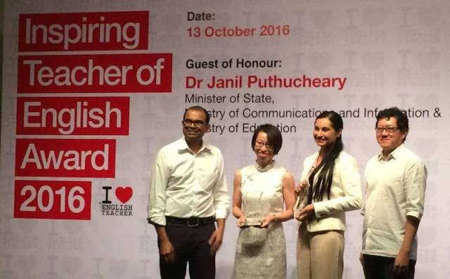 Sukhjeet Kaur (third from left) emerged as a recipient of Inspiring Teacher of English Award 2016. Singapore minister Dr Janil Puthucheary (left) was the guest of honour - PHOTO / CHIJ Katong Convent Facebook
