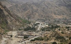 An overview of the border between Pakistan and Afghanistan in Torkham, Pakistan, on June 16, 2016. Photo: Reuters / Fayaz Aziz