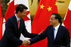 Chinese Premier Li Keqiang (right) and Canadian Prime Minister Justin Trudeau attend s news conference at the Great Hall of the People in Beijing on August 31, 2016. Reuters/Thomas Peter