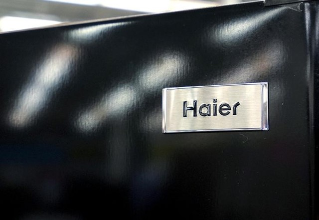 A Haier refrigerator is seen on sale at an appliance store in Westminster, Colorado January 15, 2016.  Photo: Reuters/Rick Wilking